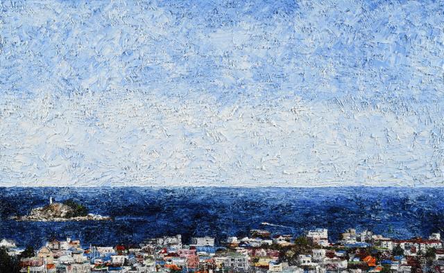 ▲ 이장우 화가는 강원의 도시·자연풍경을 두터운 질감으로 화폭에 채운다.작품 '속초 앞바다'