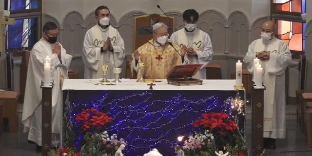 ▲ 천주교 춘천교구는 28일 죽림동 성당에서 김운회 교구장의 은퇴 감사미사를 봉헌했다.